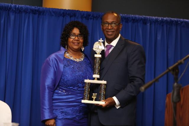 HUMC President Receives 2017 'Chesapeake ICON' Award